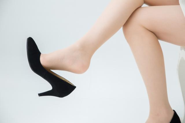 前滑りで靴が脱げるイメージ