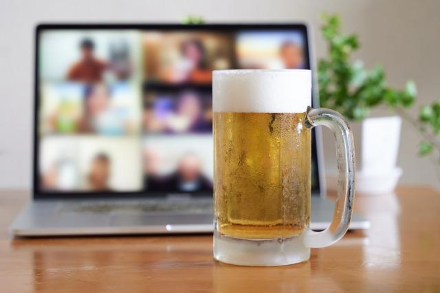 オンライン飲み会ビールイメージ