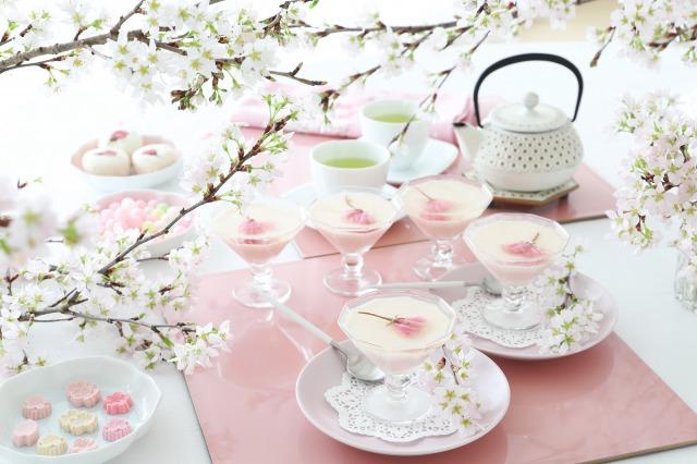 桜のテーブルコーディネート